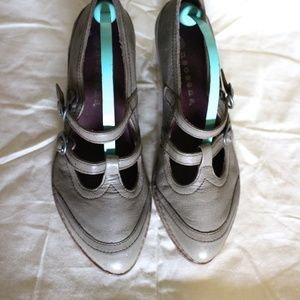 Neosens Gray Mary Jane Shoes
